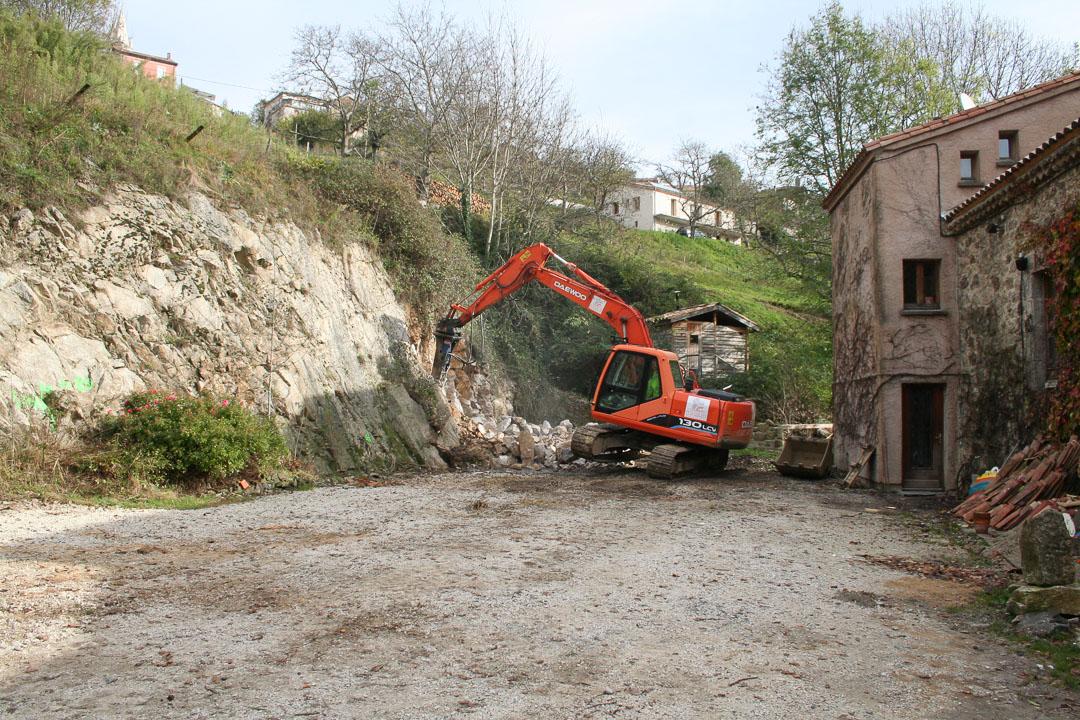 Ardelaine-Histoire-Construction-Batiment-Tourisme-Ardeche