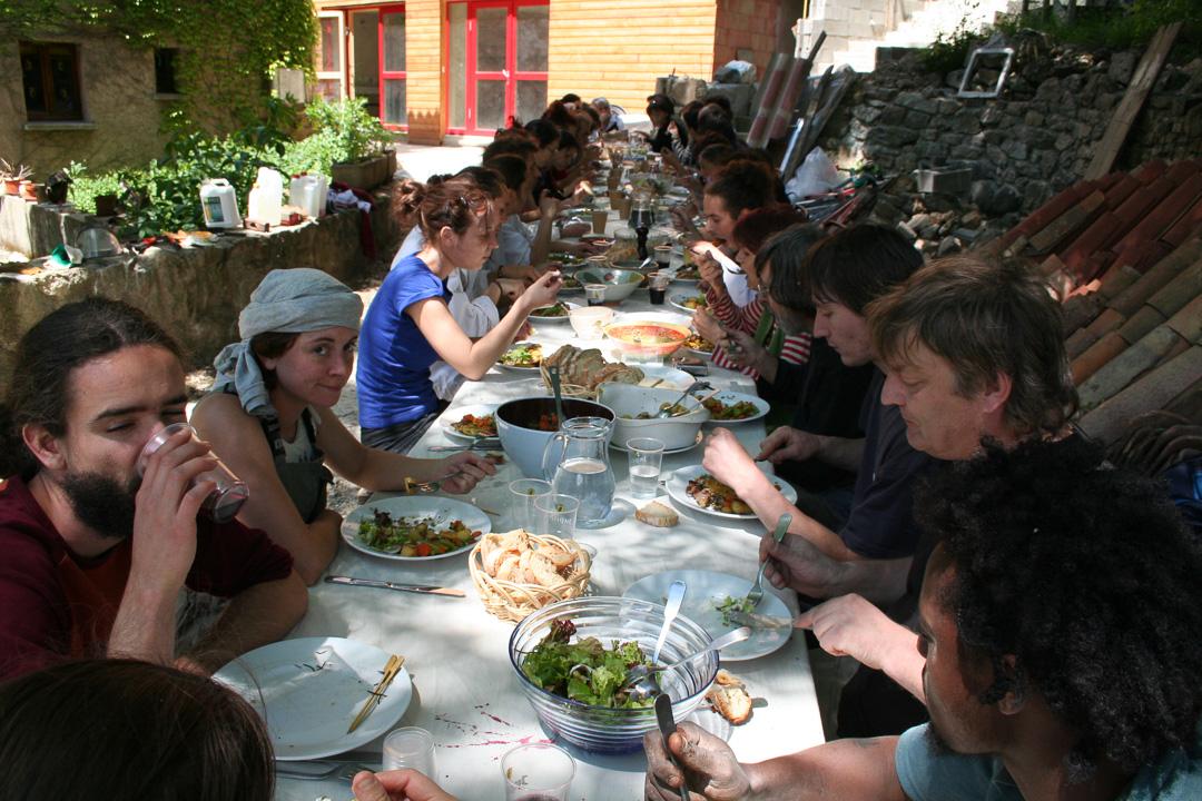 Ardelaine-Histoire-Equipe-Tourisme-Ardeche