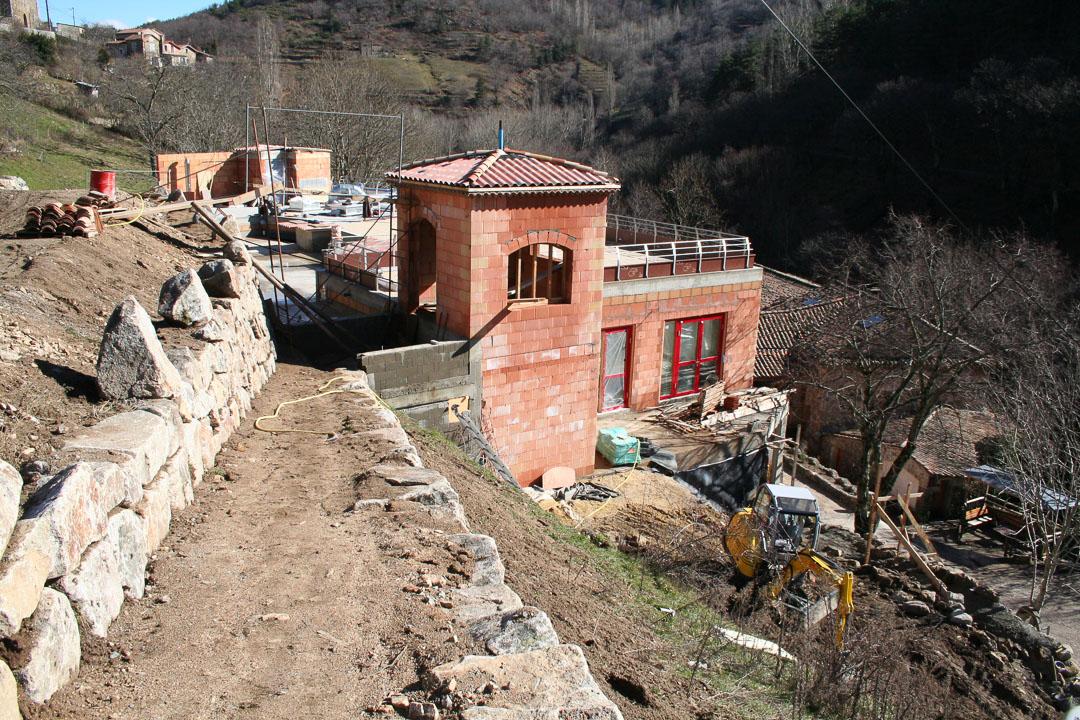 Ardelaine-Histoire-Tourisme-Batiment-Construction-Ardeche