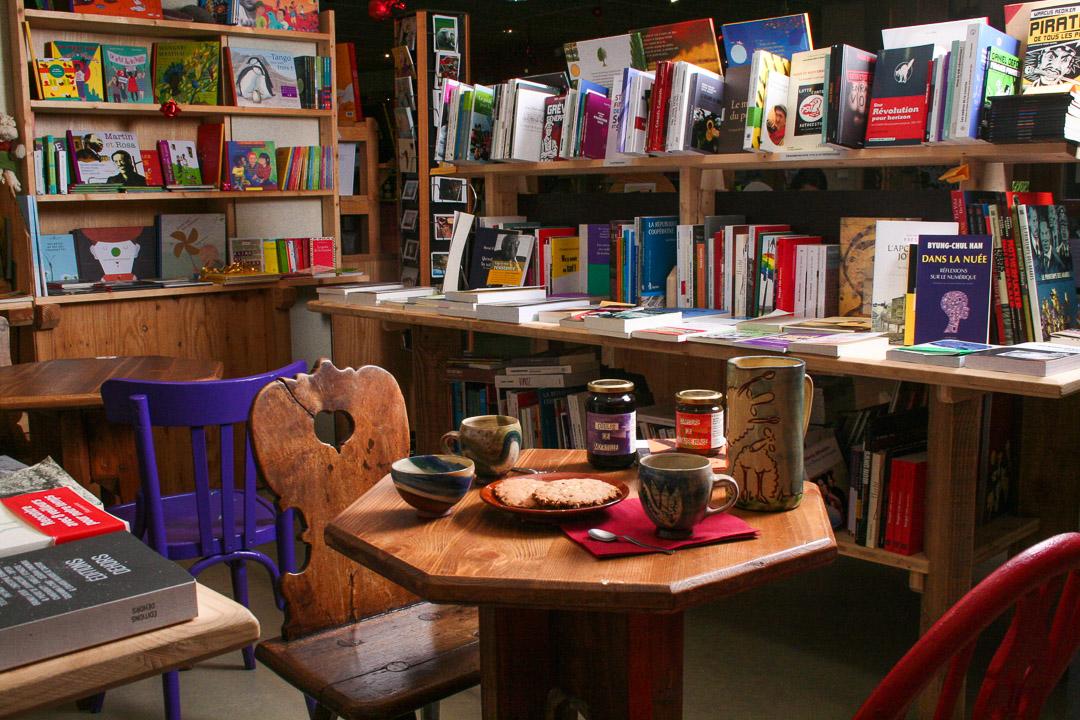 Librairie-Ardèche-Indépendante-Thématique-Alternative