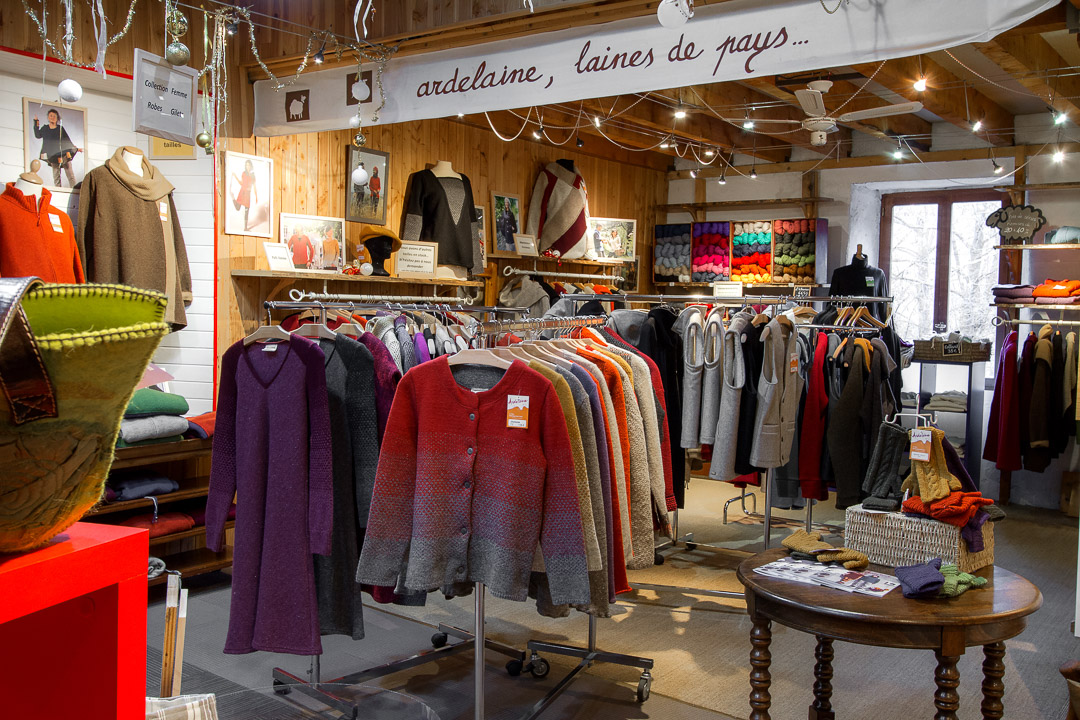 Magasin-Dusine-Laines-Vetements-Ardeche