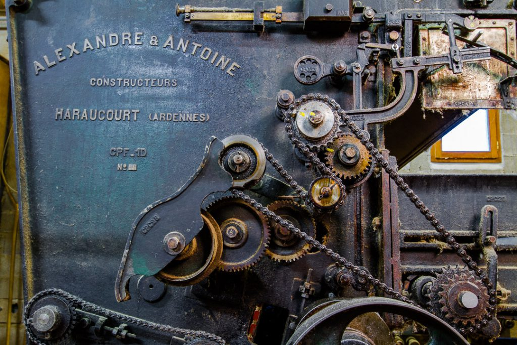 Tourisme-Ardeche-Visites-Guidees-Atelier-Laine-Cardage
